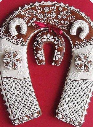 Czech Drakota decorated gingerbread ... Svatební podkova dekorační