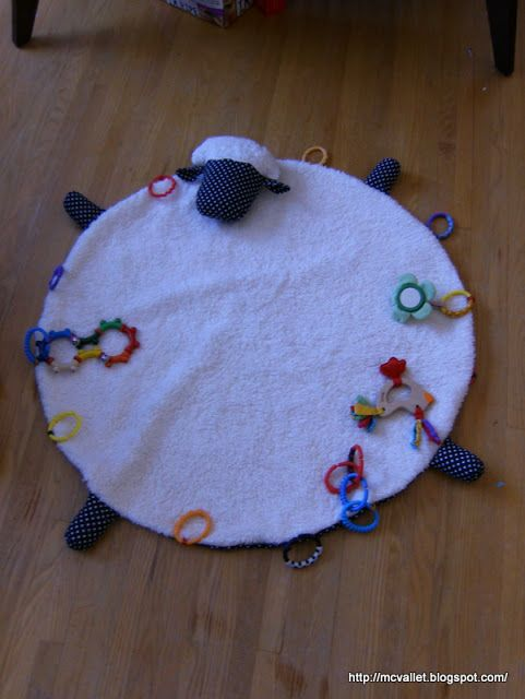Back on the blog or Baby activity mat | Marie's blog
