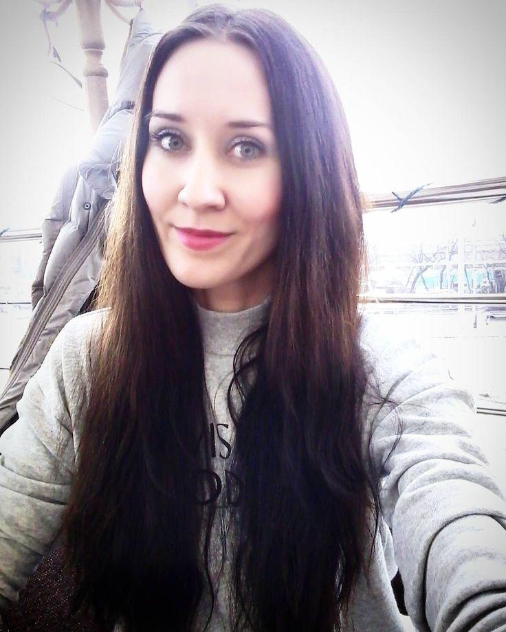2 отметок «Нравится», 1 комментариев — Lada Svetlana Eliseeva 💜🍍 (@ladasvetlanaeliseeva) в Instagram: «Постепенно жизнь входит в свое русло!  #♡ Никогда не сравниваю себя с другими и знаю, кто я! Очень…»