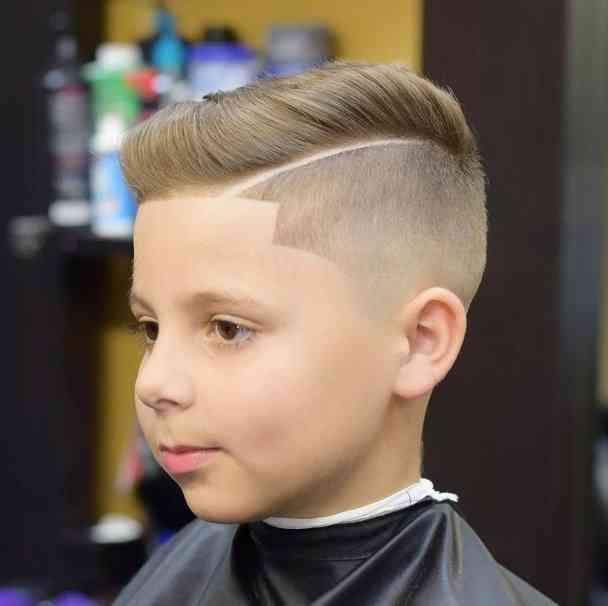 31 Gut Aussehend Modern Of Jungen Frisur Kurz Aussehend Frisur Jungen Kurz Modern Jungs Frisuren Haare Jungs Stilvolle Frisuren