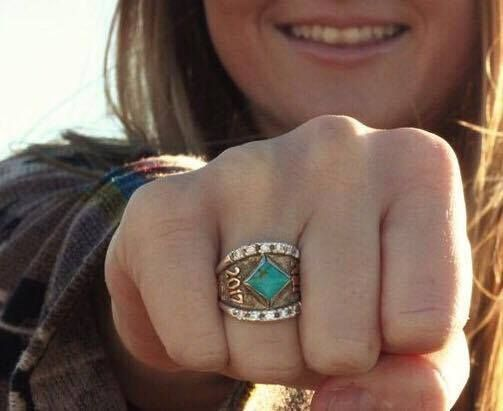 Miss Jaiden shows off her Custom Texas RimRock Class Ring! Love it!  How would you customize your Hyo Silver ring? Get started today at hyosilver.com