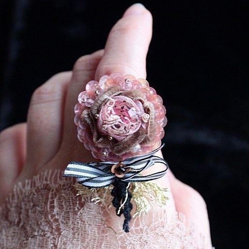 Кольцо...