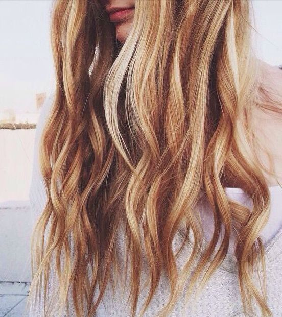love the mix of golden and pale blonde highlights ~ we ❤ this! moncheriprom.co...
