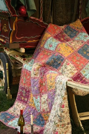 Gypsy patchwork quilt I can imagine designing a room around this. WANT !!   Perhaps with enough research, @Rachel Krutsch or @Michelle Grimm, we can find the fabric for this?