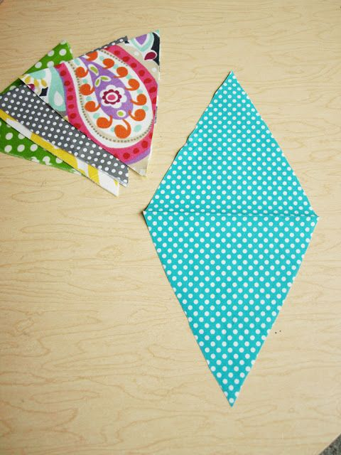 Less-Than-Perfect Life of Bliss: How To Make a Basic Bunting
