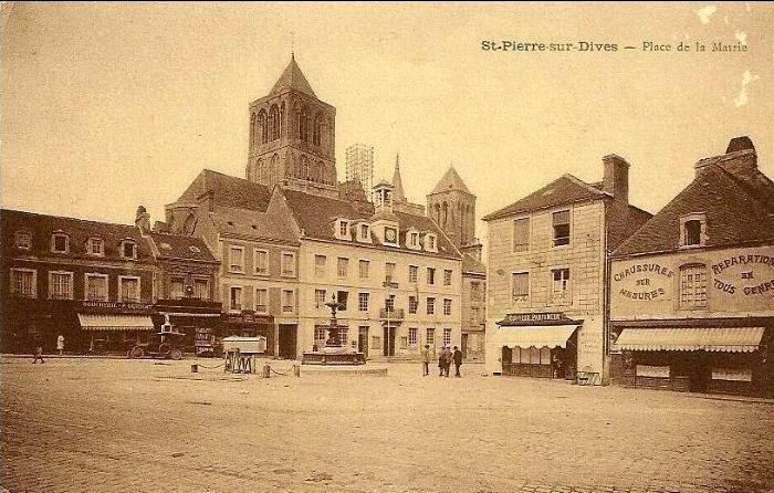 Saint Pierre sur Dives , place de la mairie