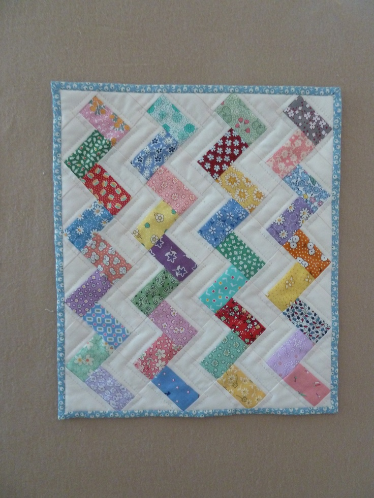 122 best images about Quilt a Z-SNAP Zig Zag on Pinterest Chevron quilt tutorials, Quilt and ...
