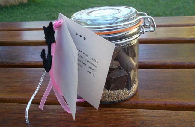 Bombons Chocolate com Pimenta e Sésamo - pequenas tentações com um travo ligeiramente picante.