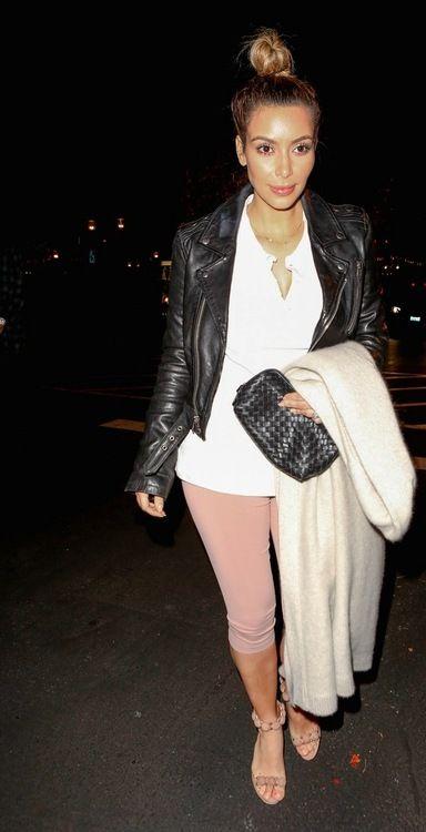 Best 25 Kim Kardashian Leggings Ideas On Pinterest Kim Kardashian Boyfriends Kim Kardashian