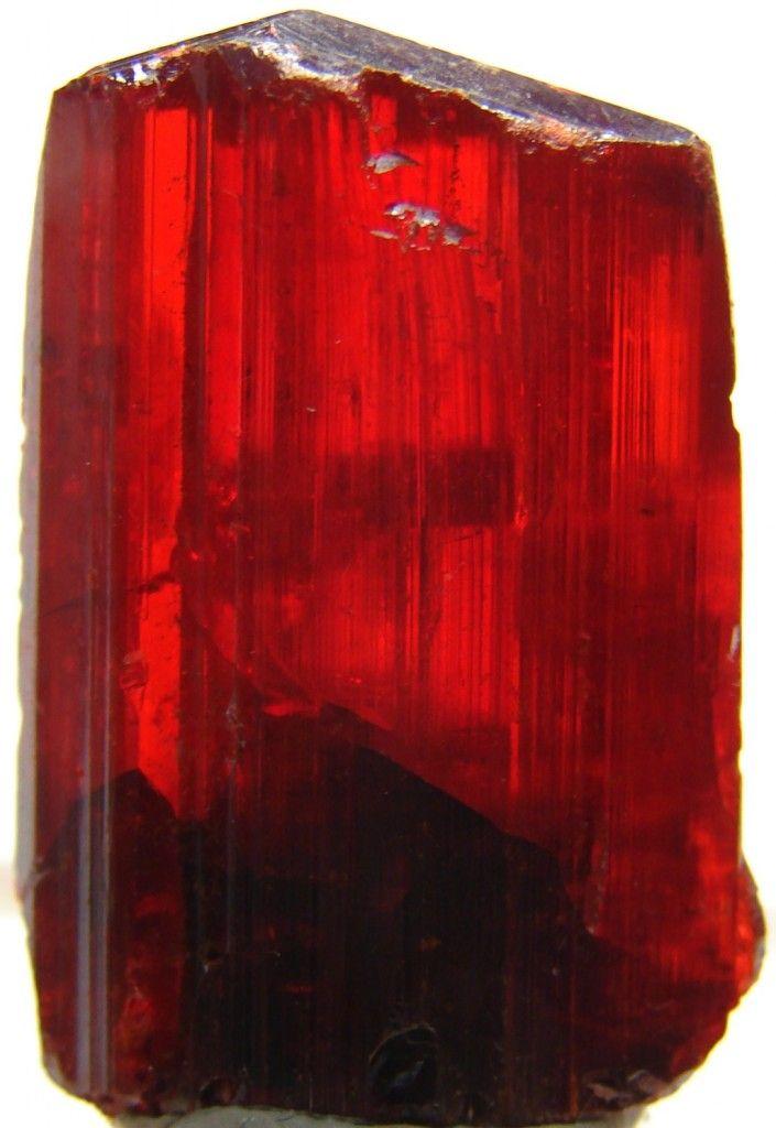 Realgar crystal / Jiepaiyu Mine (Shimen Mine), Hunan Province, China