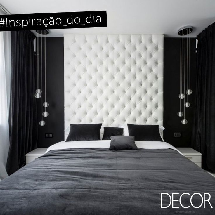 Preto, branco e cinza são as cores em destaque neste dormitório. A cabeceira…