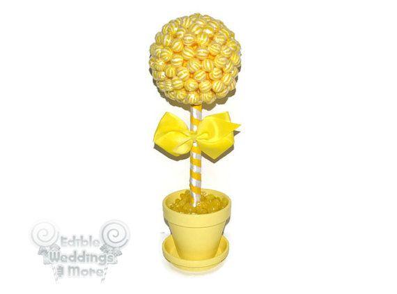 Giallo Topiary Lollipop giallo caramelle Topiary, centrotavola di matrimonio gialli, giallo, matrimonio, centrotavola, Candy Buffet, lecca-lecca, caramelle