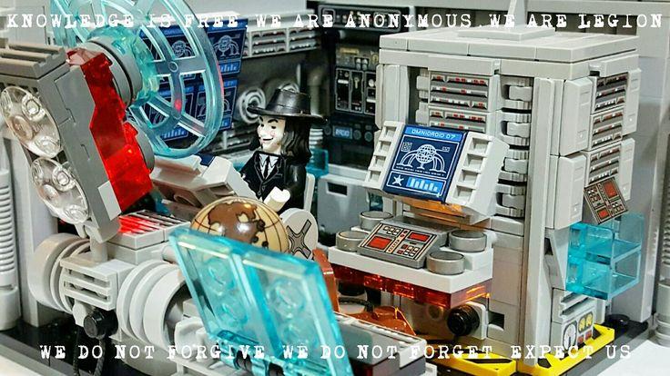 """LEGO Vignette 16x16: """"Anonymous HQ"""" (MOC)"""