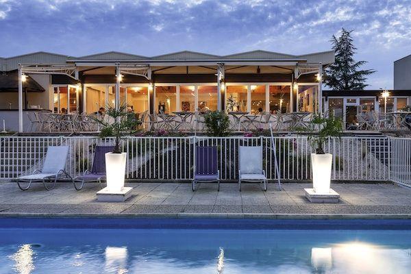 Top 5 hotels langs de snelweg mét zwembad