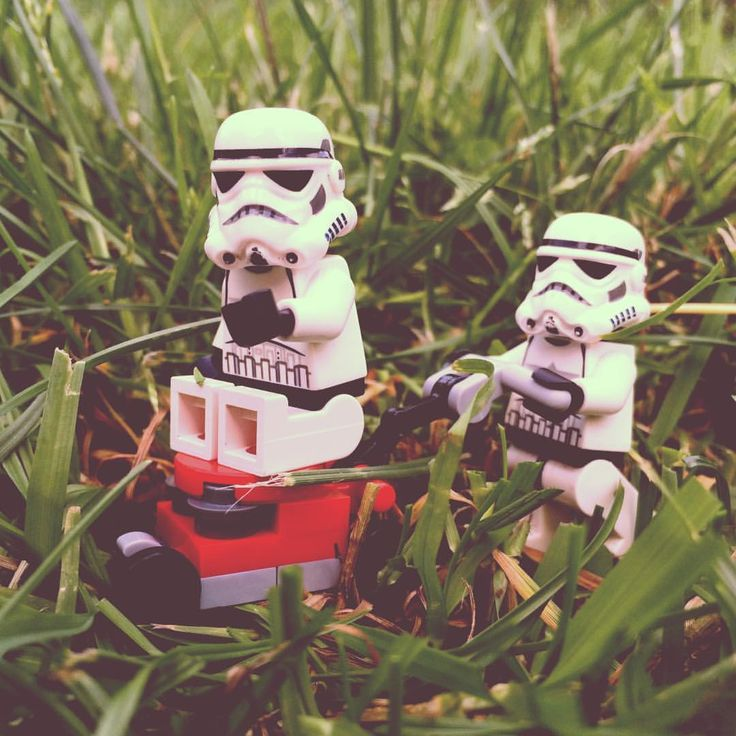 You missed a spot #mowing #mowinggrass #mowingthelawn #grass #teamwork #team #ateam #outdoors #summer #workout #starwars #starwarslego #starwarslegos #lego #legostarwars #stormtrooperlife #stormtrooper #bob #iphonography #365project #day182