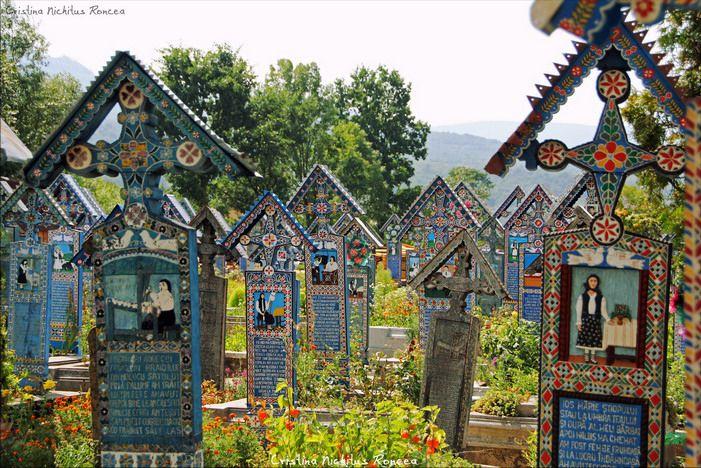 Cimitirul Vesel si Manastirea Sapanta - Peri @ Cristina Nichitus Roncea. http://nichitus.ro