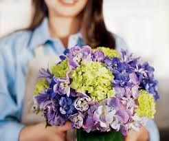 Fresh flowers, bouquets, flowers in vases, potted plants and plants in cans are among the flower gifts that you can expect to find in any local florist shops. The Flower Delivery Singapore you send to a loved one on special occasion from the local Florist Singapore is probably one of the products or services they