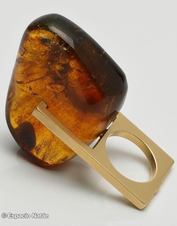 """Rafaela Molina: """"Malevich"""" Amber Ring - Gold"""