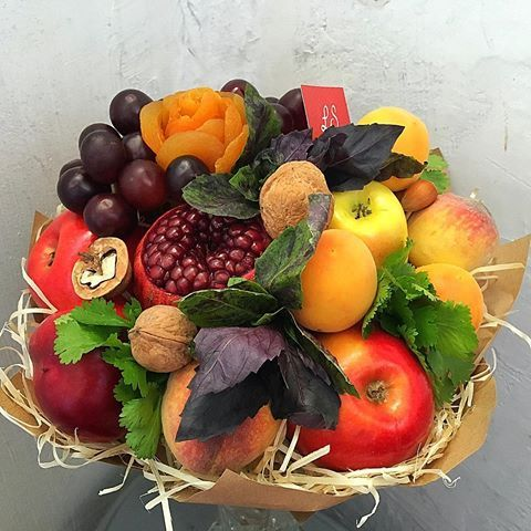 г. Киев, фруктовые букеты (@lscompany.kiev)   Instagram photos and videos