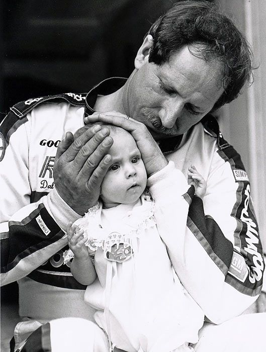 1989 - Dale Earnhardt , with daughter Taylor Nicole  http://www.picturetrail.com/legend3