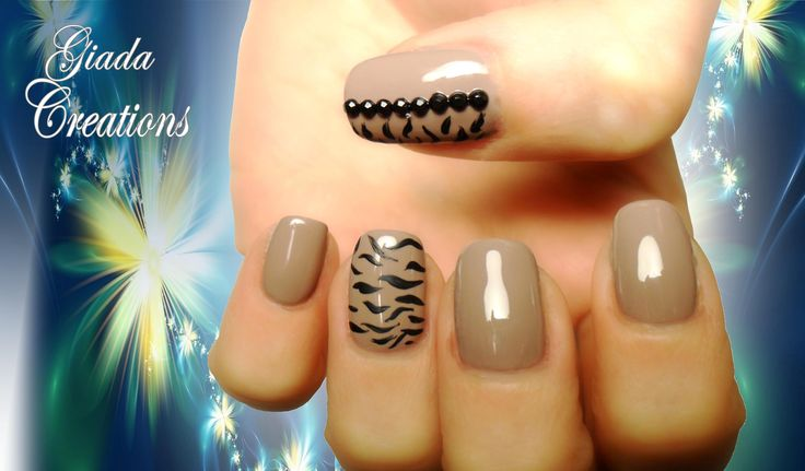 Smalto semipermanente e nail art Giada Creations