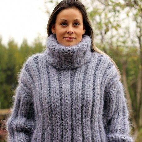 Hand Knit Mohair Sweater Ribbed gray Fuzzy Turtleneck 10 strands Handgestrickt pullover by Extravagantza