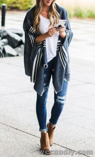 25 Cute Winter Outfits With Denim Jeans For Women 1