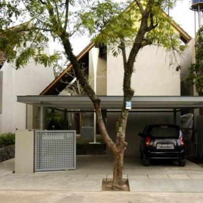Nanas House by Tan Tik Lam Architects | love the simplicity.