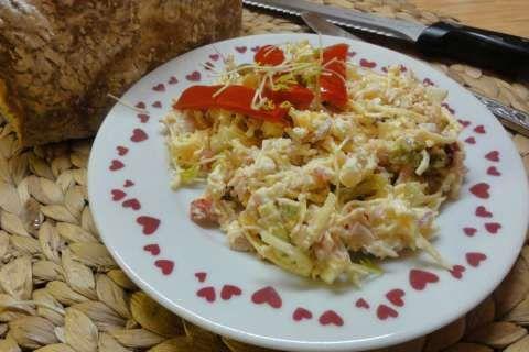 Jak udělat salát se strouhaným sýrem   recept