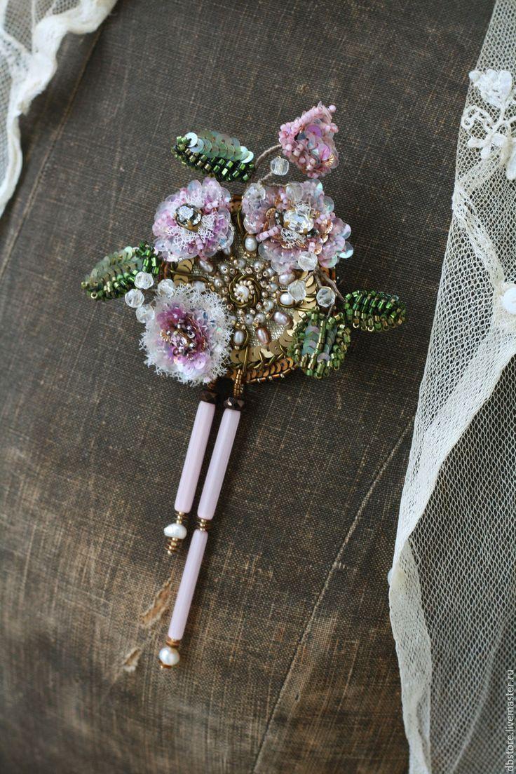 """Купить Брошь """"Цветы"""" - комбинированный, цветы, вышивка, ручная работа, вышивка ручная, каркас, бутоны"""