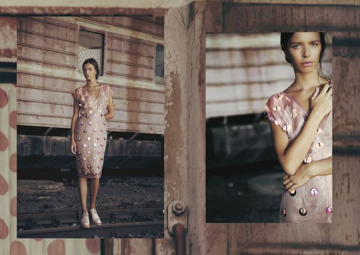 ANOUKI | Peach organza dress with embroideries.