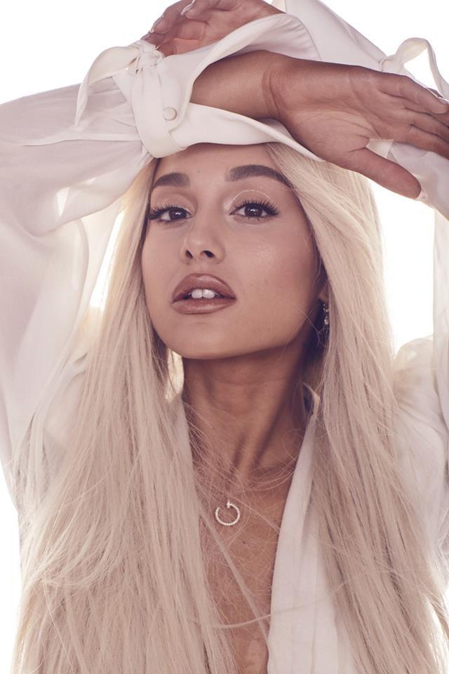 Pin By German Schonheit On Bilden In 2020 Ariana Grande