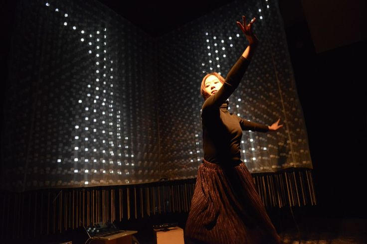 By sensing the movement of the dancer in the sensor, the silhouette is displayed using the LED Matrix. The translucent fabric to create a patch screen on the LED Matrix, An attempt was made to the new production which light and projection image of the LED is displayed mixed effects