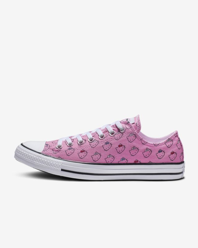d7710fcc48e4 Converse x Hello Kitty Chuck Taylor All Star Low Top in 2019