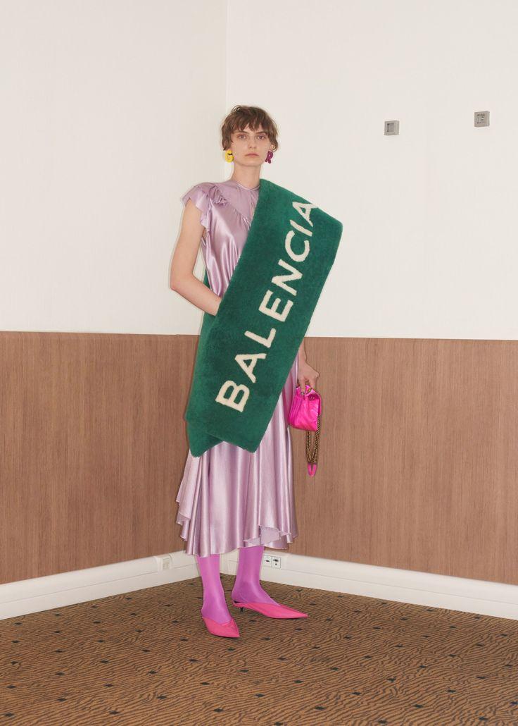 Balenciaga Resort 2018 Collection Photos - Vogue