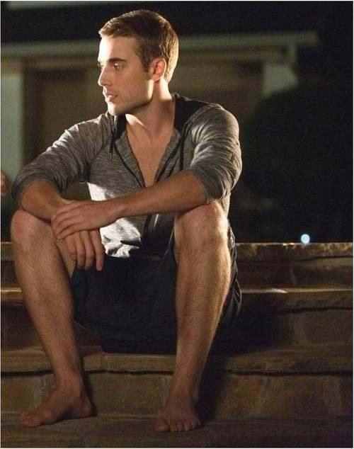 male models barefoot - Google Search | Bare Feet ...