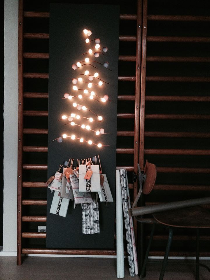 Beautiful christmas calendar by Sanne Korsholm made with Cocoons by Vasanthi