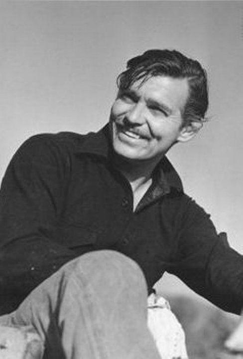 Clark Gable  (1/2/01 - 16/11/60) Age: 59 (Coronary Thrombosis)