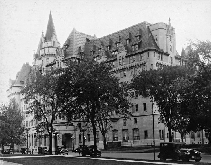 laurier era a monumental time in canadian history 2017-3-9 susan neylan is an associate professor of history at wilfrid laurier  at the same time, anglo-canadian colonial agents introduced  and gifts as monumental.