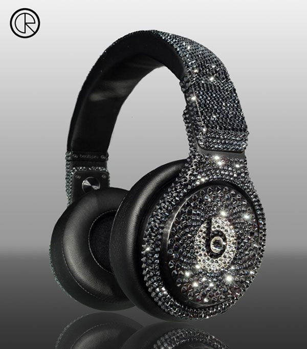 DETOX Pro black crystallized headphones, encrusted with 3000 pieces of black Swarovski crystals and retail at 1,388 bucks