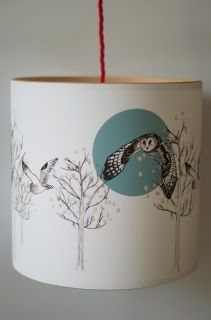 PENDANT LAMPSHADE FITTING  CHOOSE FROM THE DROP DOWN BOX FOR DIFFERENT SIZE OPTIONS  FLYING OWL SET AGAINST THE MOON AND TREES   DIGITALLY PRINTED USING PIGMENT INKS ONTO A HEAVY TEXTURED CANVAS MATERIAL.   FINISHED BY ROLLING ONTO SOLID WOODEN RINGS TO CREATE THE SIMPLE AND NATURAL LOOK OF THE LAMPSHADE.  PROTECTED WITH A MATTE VARNISH.  40WATT MAXIMUM BULB.
