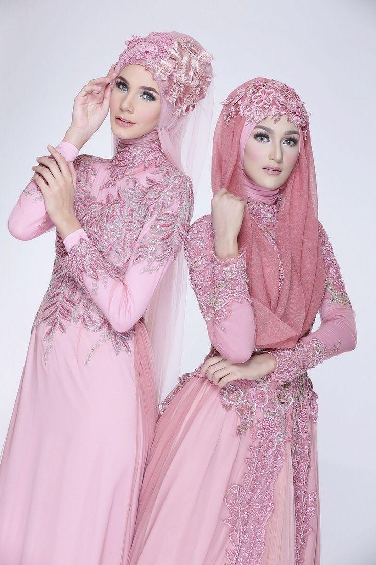 http://www.weddingku.com/wedding-vendors/busana-tradisional/miarosa-sanggar-rias-busana-pengantin/gallery/moslem-bride?id=18951