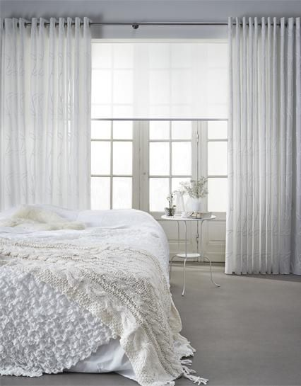 Witte #Gordijnen van Toppoint collectie Callisto in de slaapkamer #white #curtains #bedroom