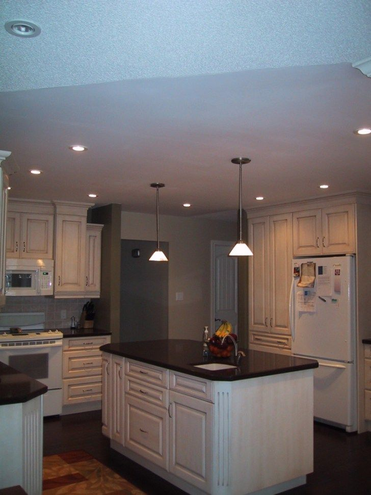 Incredible Kitchen Lighting Ideas Ceiling With Pendant Lamps Kitchen Ceiling Lights Kitchen Ceiling Modern Kitchen Island