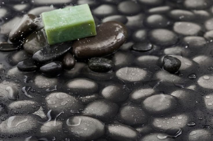 Pebble wet room flooring with real pebble soapdish