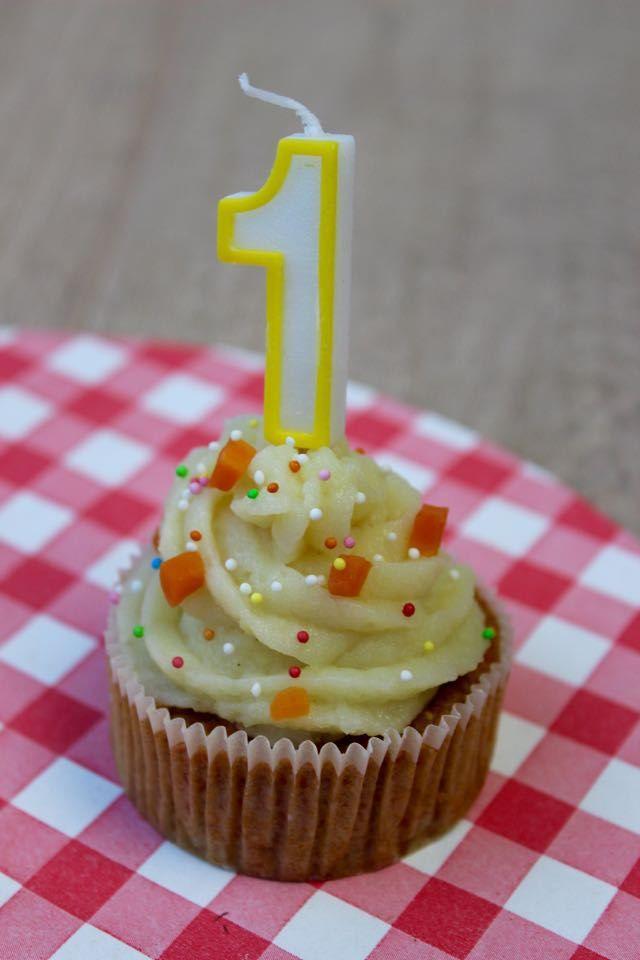 Babyproof cupcakes met topping - gezonde taart voor eerste verjaardag baby