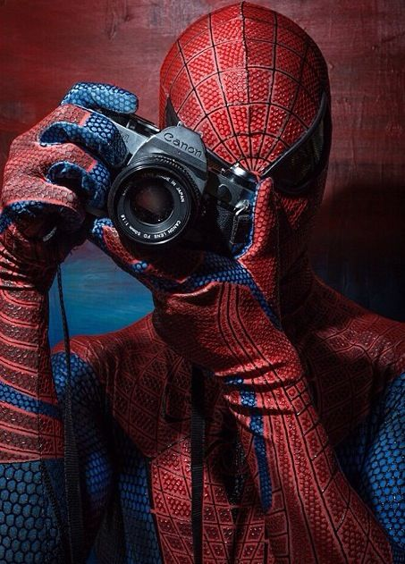 This appeals to me both because it is Spiderman but also because i'm a photographer >.<