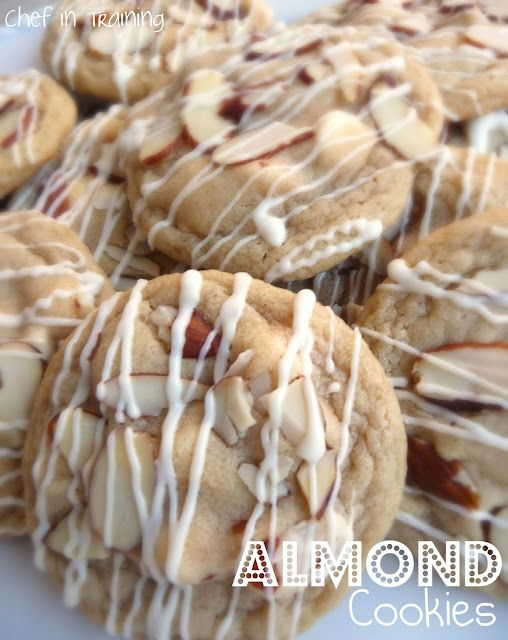 mmMmmm Almonds... could it be batter than the white chocolate chip almond cookie from Cookiez? idk..