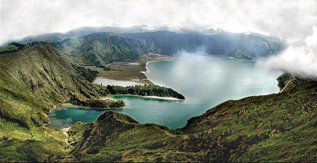 Apontamentos nos #Açores - Portugal. Paisagens: Vulcão dos #Capelinhos, na Ilha do Faial; #Lagoa do #Fogo, na ilha de São Miguel, na Serra da Água de Pau  http://lgb-foto.blogspot.pt/2015/01/acores-portugal.html
