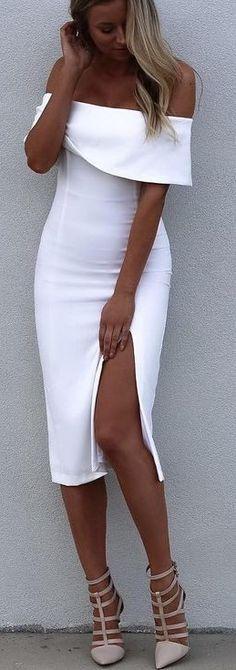 Vestido blanco con hombros descubiertos.. De ensueño..!!